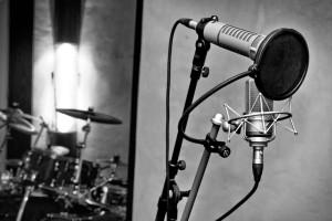 medusa_prod_studio_enregistrement_mixage_marseille_micro_neumann