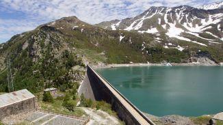 le-barrage-de-bissorte-acheve-en-1938-dans-la-vallee-de-la-maurienne-en-savoie-sa-concession-est-arrivee-a-echeance-fin-2014-et-pourrait-donc-etre-remise-en-concurrence_6170046.jpg